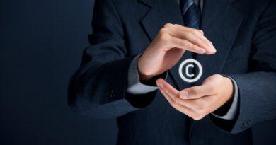 Der Patentanwalt schützt das Copyright-Symbol