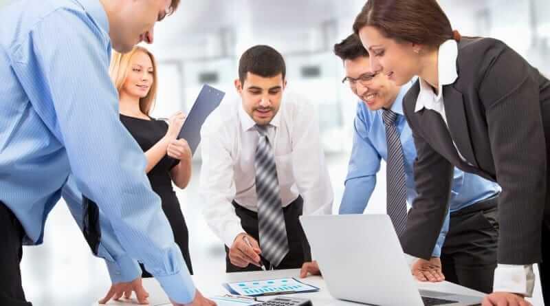 Projektmanager in einem Meeting