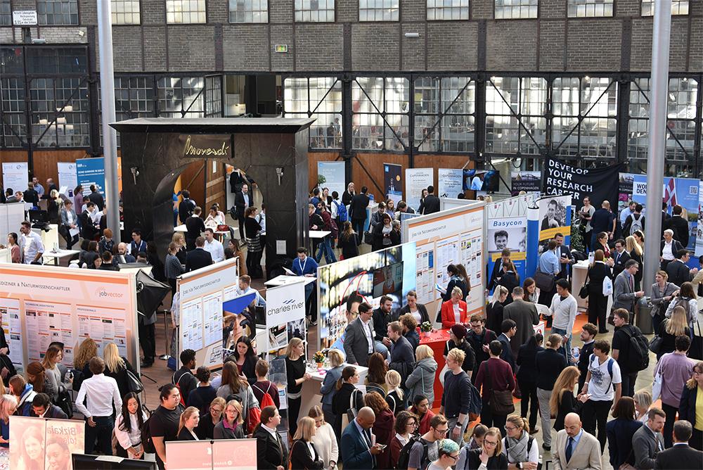 1 Tag und 70 Aussteller - der bisher größte jobvector career day in Düsseldorf für IT, Naturwissenschaft & Technik
